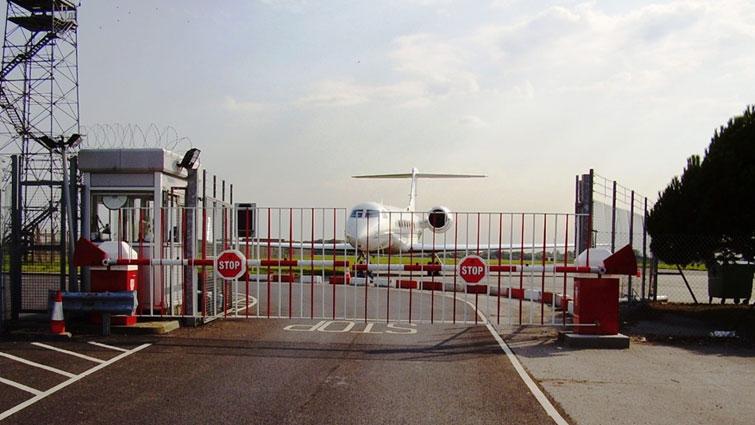 Airport Traffic Barrier